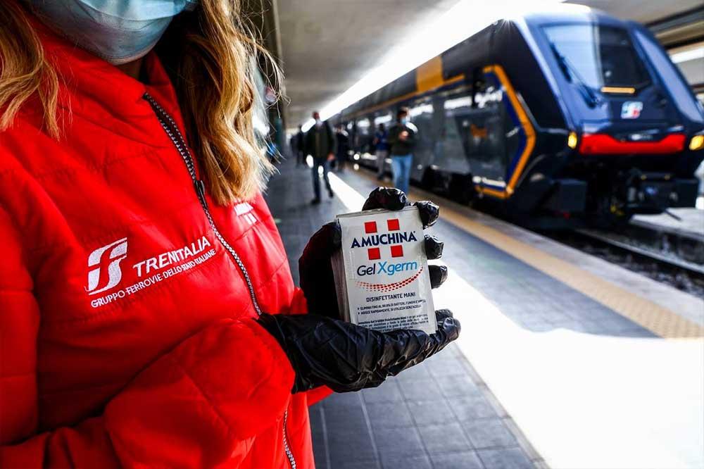 Trenitalia: 10mila dispenser Amuchina su 1.200 treni regionali